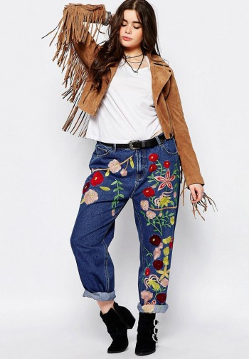 boyfriend jeans with floral embroidery for a young girl with curvaceous