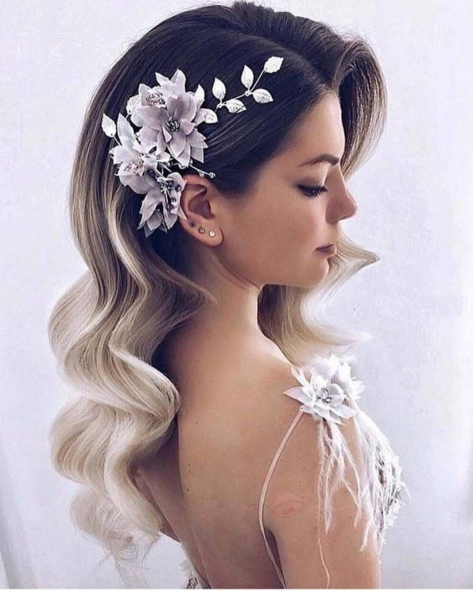 Amazing hairstyle options for the evening 3
