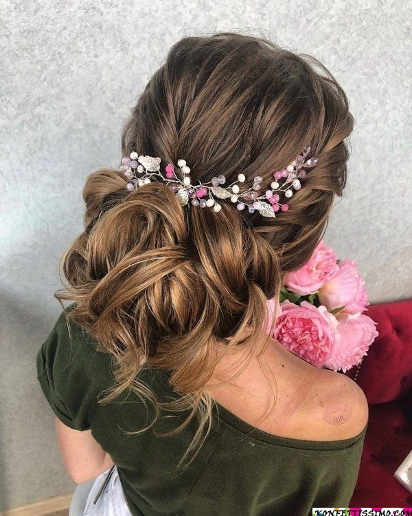 Amazing hairstyle options for the evening 4