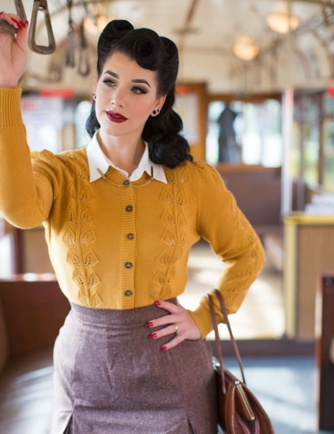 50's blouse wildly popular