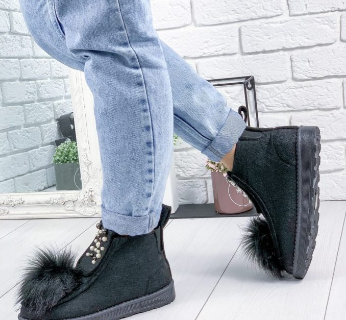 Fashionable warm and stylish winter shoes 2020 and 58 photos 10