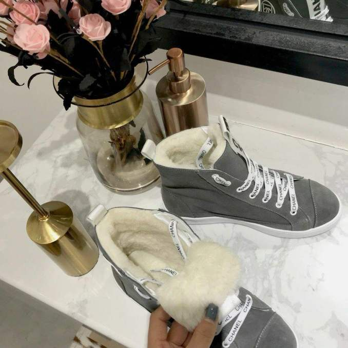 Fashionable warm and stylish winter shoes 2020 and 58 photos 49