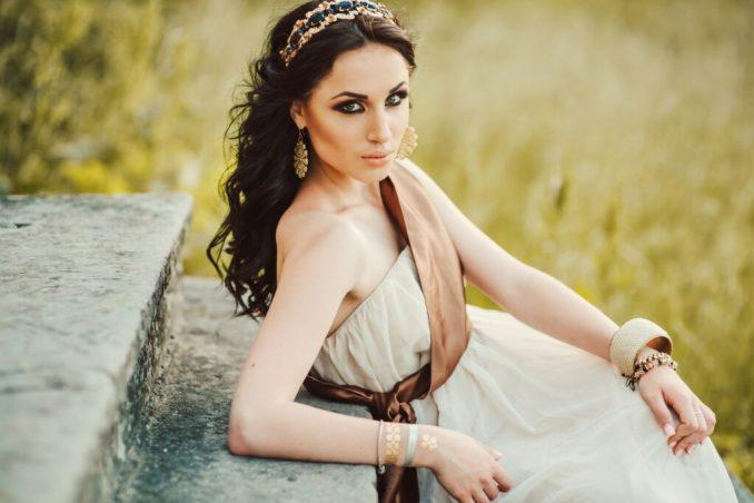 Elegant Greek style dresses 1