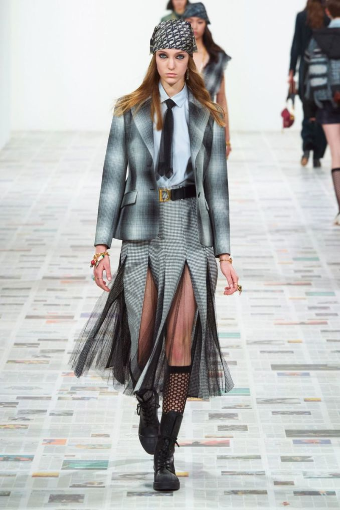 Fashionable skirt fall-winter 2020-2021 from the collection of Christian Dior