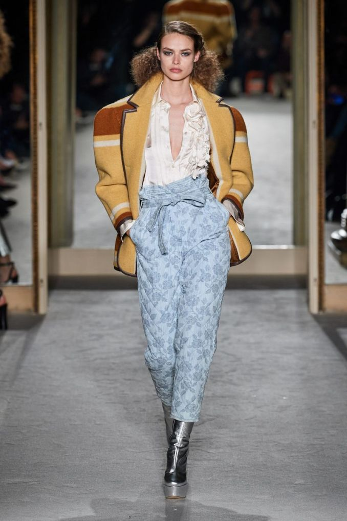 Fashionable slacks trousers from the fall-winter 2020-2021 collection by Philosophy di Lorenzo Serafini