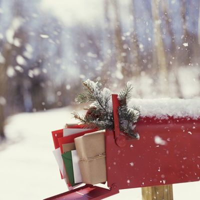 Creative Ways to Personalize Your Christmas Card Envelopes
