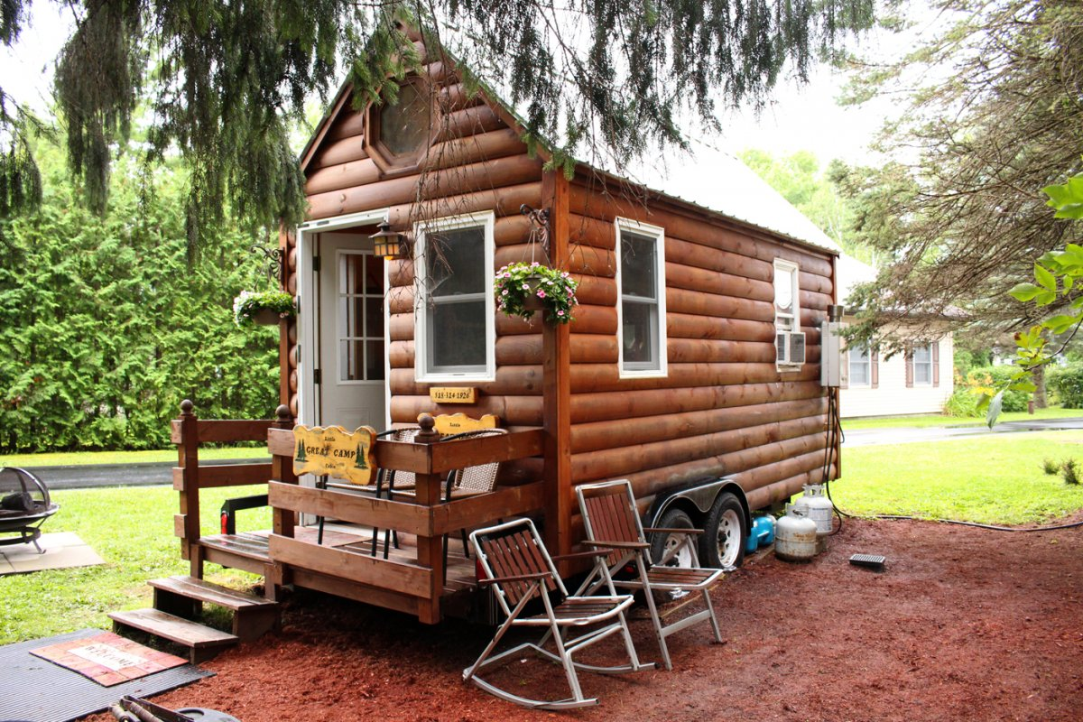 the tiny house movement confettistyle. Black Bedroom Furniture Sets. Home Design Ideas