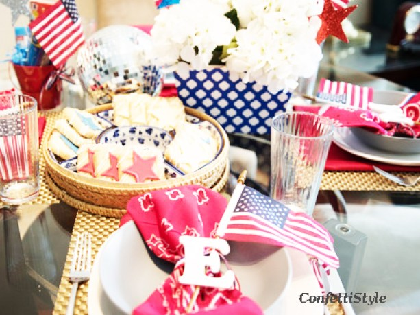 4th of July Tablescape by ConfettiStyle (9)