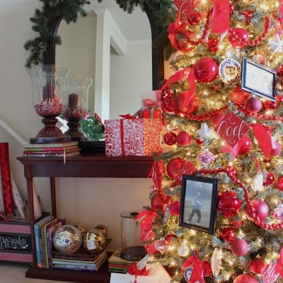Holiday Decorating Ideas From The Merry & Bright Holiday Home Tour