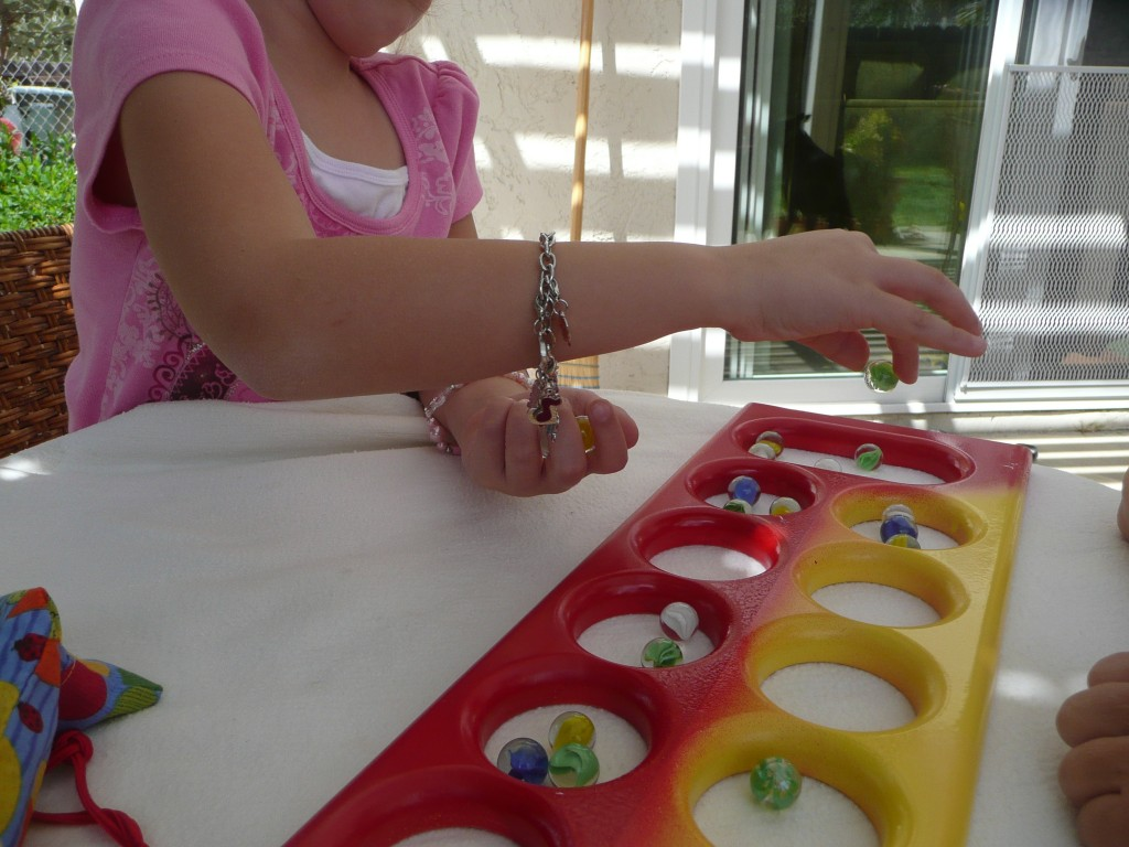 How to play Mancala. With printable Mancala Rules.