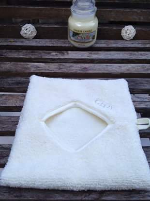 découvrez la nouvelle tendance de l'hydro démaquillage avec le gant Glov