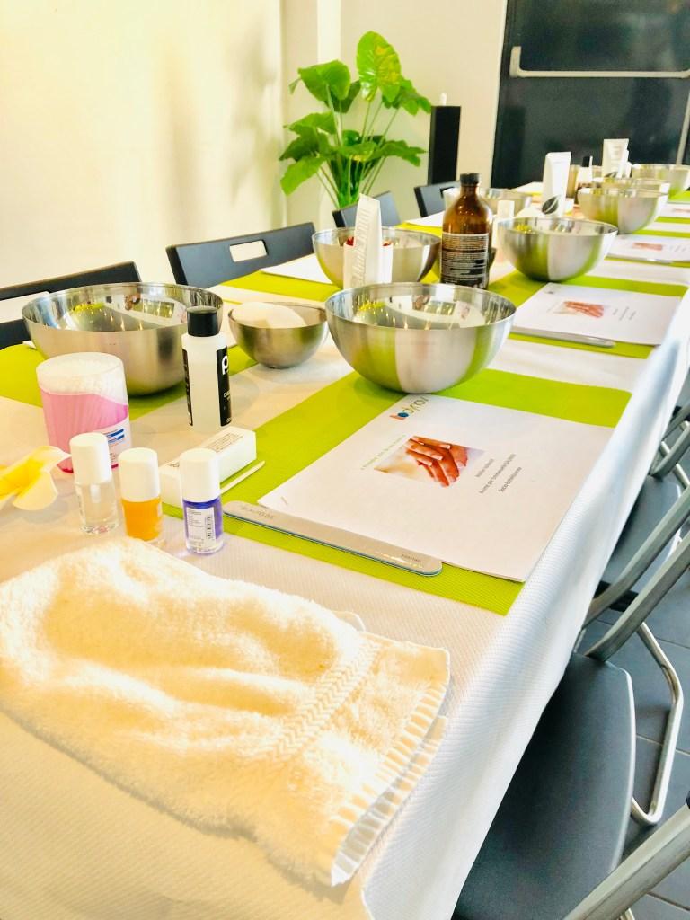 Retrouvez mon avis sur ma journée découverte au centre de santé et bien être Bodynov. Au programme avec les blogueurs de Montpellier : atelier culinaire, balnéothérapie, séance avec deux coach d ASA-S et atelier beauté