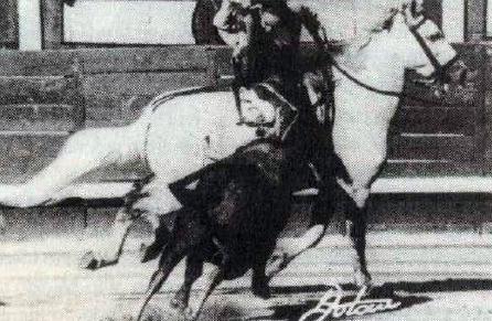 Paquita Rocamora al rejoneo. Agosto 1957