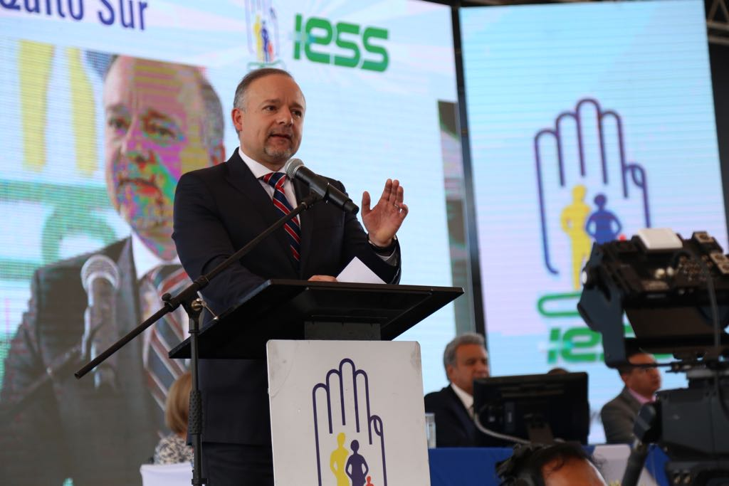 Contraloría ratifica sanción de destitución del IESS a Richard Espinosa