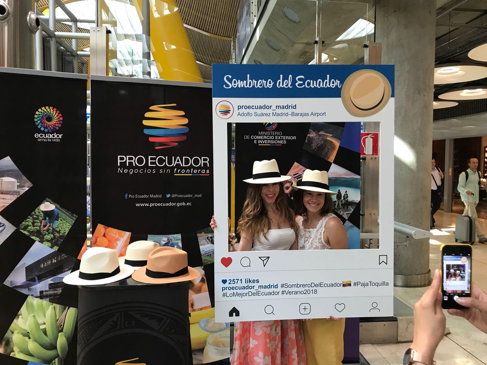 Con la finalidad de dar a conocer el verdadero origen del sombrero de paja  toquilla en la época veraniega de España y Europa 51acfce3cb6