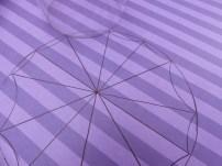3 : A l'aide d'un verre, créer l'arrondi sur les bords de votre ombrelle