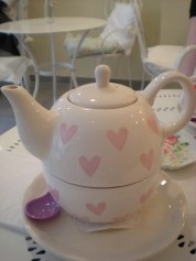 How cute is this teapot/cup?