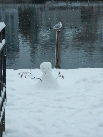 We found a snowman!