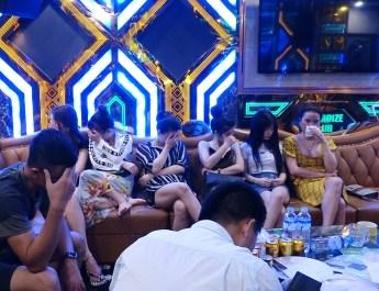 Quảng Bình: Xử phạt cơ sở kinh doanh Karaoke hơn 30 triệu đồng vì để khách dùng ma túy bay, lắc