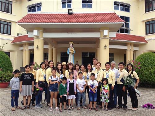 Tổng Giáo Phận Huế : Ngày họp mặt gia đình trẻ