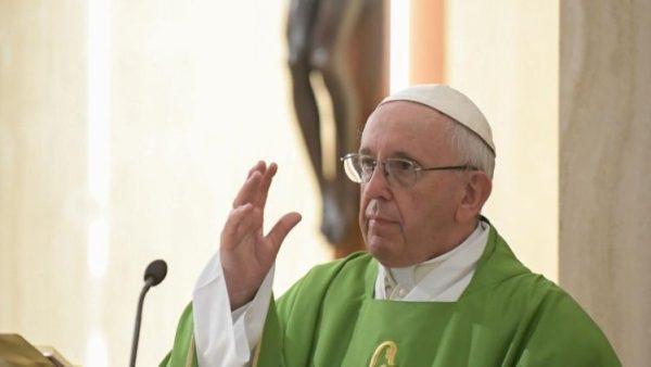 Đức Thánh Cha: Người mục tử hiền lành, cảm thương, và cầu nguyện khi bị tố cáo