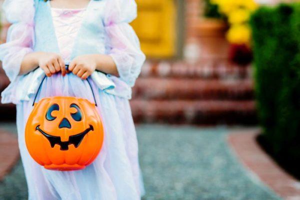 Nên mừng lễ Halloween theo ý nghĩa ban đầu của nó