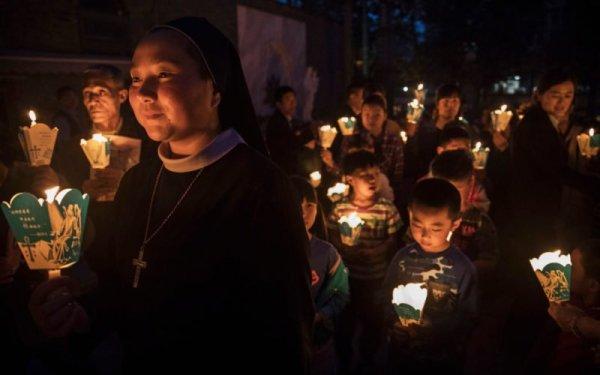 """Câu chuyện theo đạo của một thiếu niên Trung Hoa """"Thiên Chúa đã trở thành ánh sáng của tôi"""""""