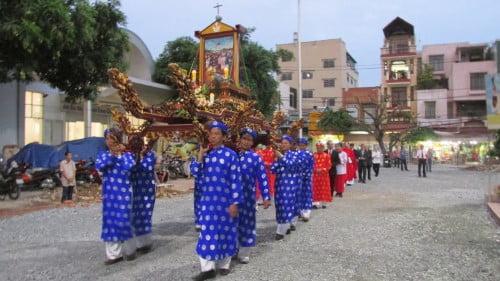Giáo Xứ Tân Phú - Giáo Họ Chư Thánh Mừng Kính Các Thánh Tử Đạo Viêt Nam