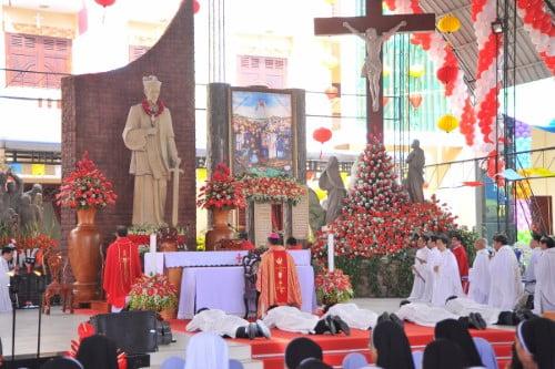 Mỹ Tho: Thánh lễ bế mạc năm thánh các thánh tử đạo và phong chức phó tế