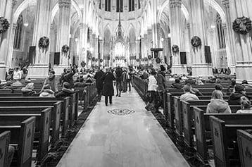 Báo cáo của Gallup: Một phần ba người Công giáo Mỹ cân nhắc rời khỏi Giáo hội
