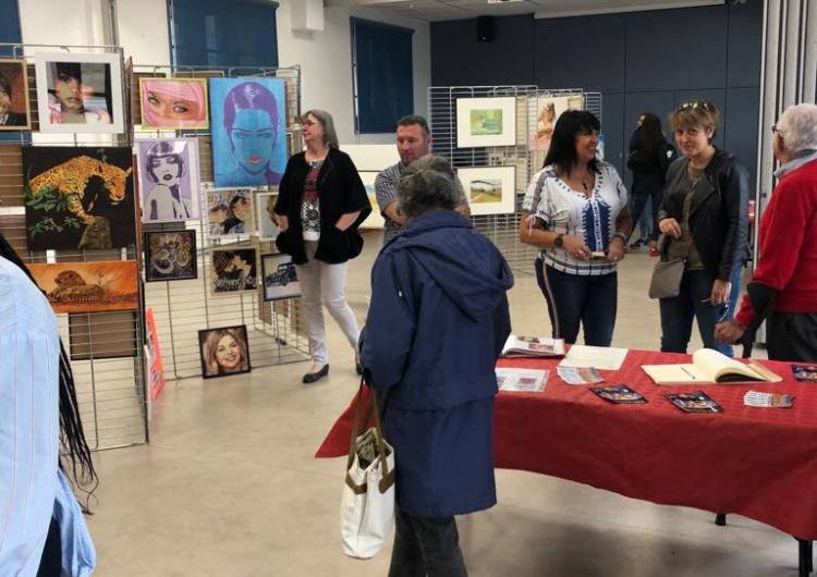 France : Bibiche Claude Mathey Kapia au « Val'Art » de Valence