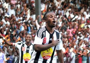 Linafoot : grâce à un hold-up, Mazembe impose sa suprématie  sur V.Club (3-2) !