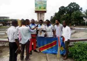 "RDC/Kananga : la LUCHA lance la campagne ""Balayer les médiocres"""