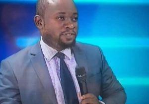 "RDC: ""la position de l'AR n'engage pas Moïse Katumbi"", déclare Steve Kivuata( Lamuka)"