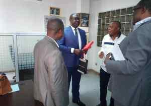 Boxe: visite surprise du ministre Niango au nouveau siège de la Fédération