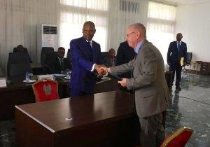 """RDC: la """"Maison Schengen"""" réouverte à Kinshasa sous le label du """"Centre européen de délivrance des visas"""""""