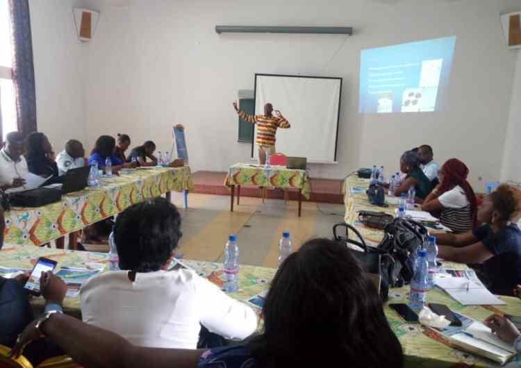 Santé/Expo-moléculaire 6e session : les journalistes formés