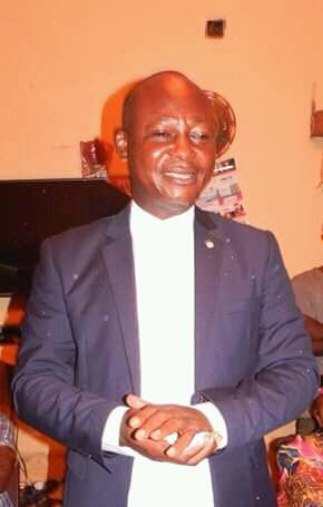 """RDC/Lomami : """" Réhabilitation des routes"""", priorité des priorités du gouverneur Sylvain Lubamba ( Interview)"""