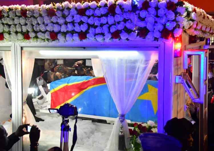 Etienne Tshisekedi : le corps arrivé à la morgue à 2h30′, hommage populaire ce vendredi