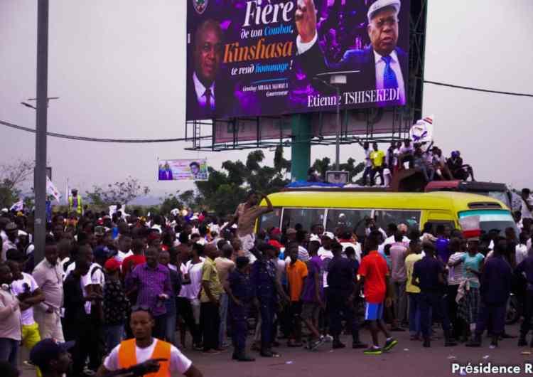 Vivant ou mort, Étienne Tshisekedi médaille d'or en procession !( Par Paul Diakese, directeur adjoint de la presse présidentielle)