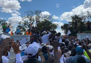 🔴 Moise Katumbi acceuilli par une foule à Lubumbashi