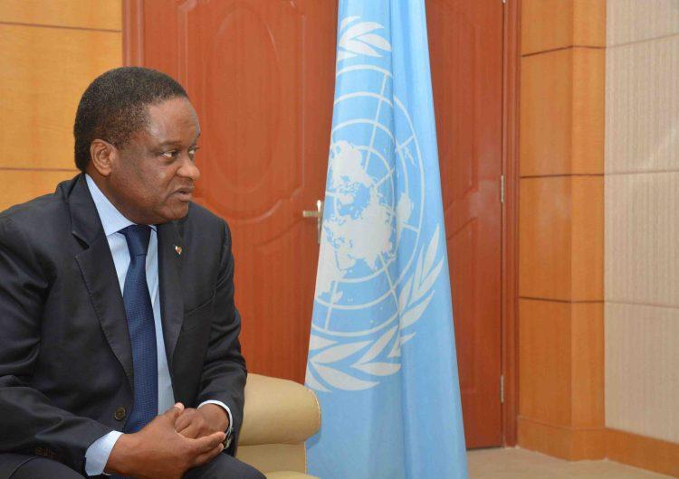 """Congo/Brazza: Dr Pierre M'pelé publie """"Itinéraire d'un médecin africain"""""""
