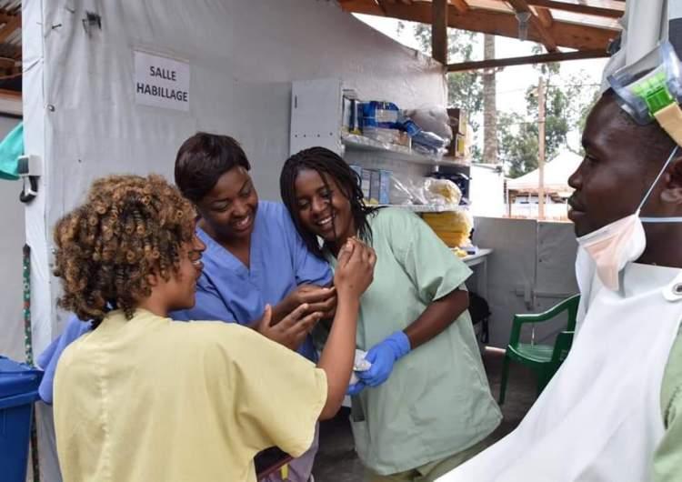 Lutte contre Ebola: L'ambassadeur des USA et Le Chef de l'USAID ont visité l'unité de traitement de Katwa