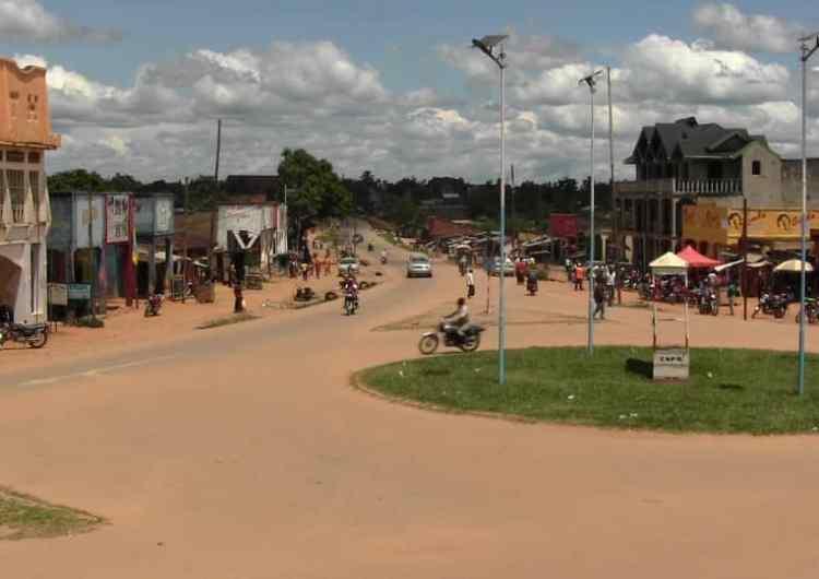 RDC/Beni: 4 cadavres de civils pris en otage par les ADF à Mulobya ! ( député Ngahangondi)