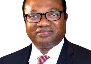 """Duel entre Thambwe Mwamba et Bahati : """" Un choix qui ne donne aucun espoir aux Congolais ! """" (Noël Tshiani)"""