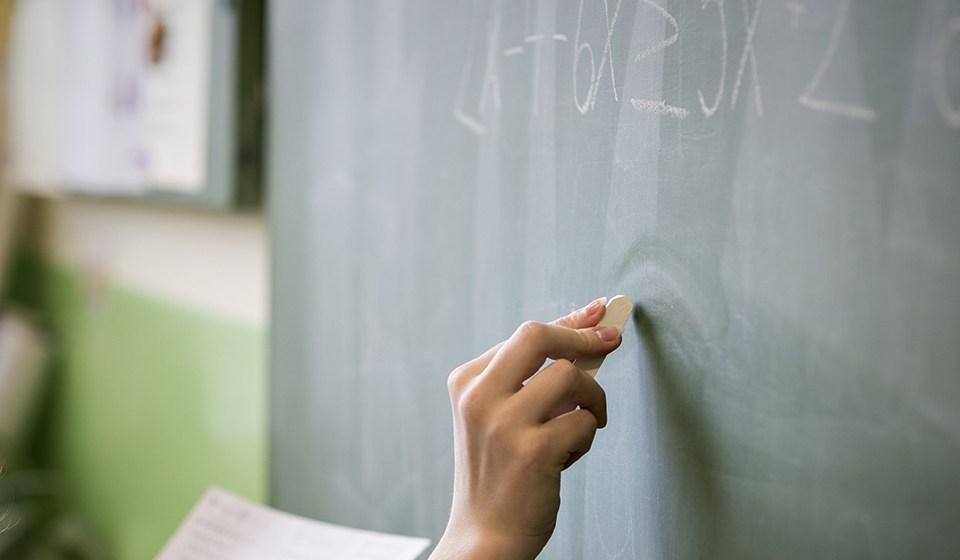 Maestros, alumnos, familias y sistemas educativos