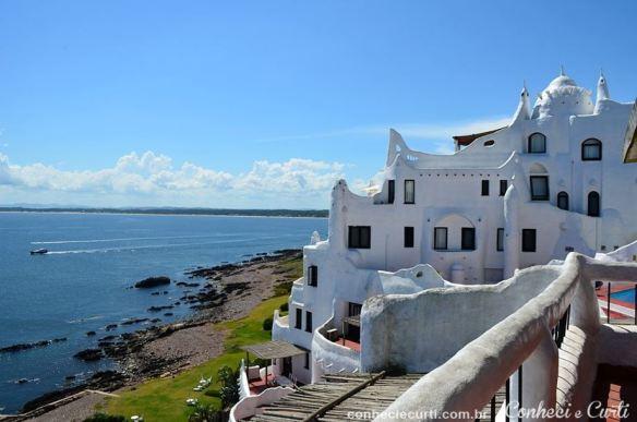 Casapueblo, antiga residência de verão do artista uruguaio Carlos Páez Vilaró.