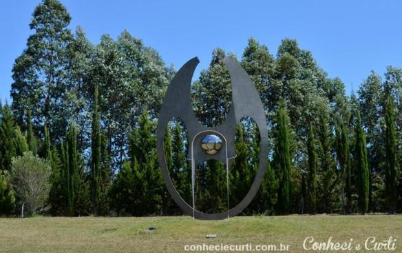 Escultura no parque da Fundação Pablo Atchugarry