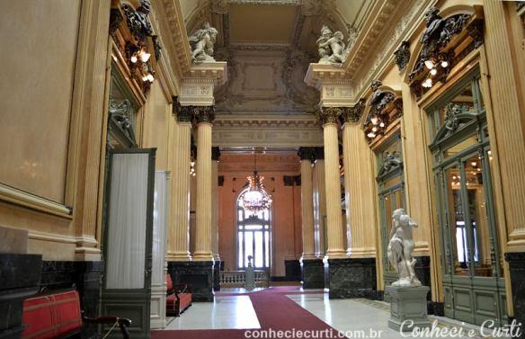 Teatro Colón, Buenos Aires. Salão dos Bustos. Foto: Maria Eugênia.