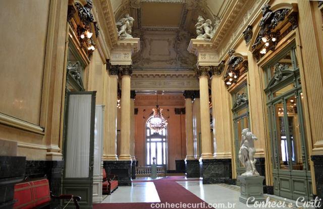 Teatro Colón, Buenos Aires. Salão dos Bustos.